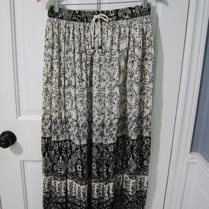 Vintage boho long accordian skirt